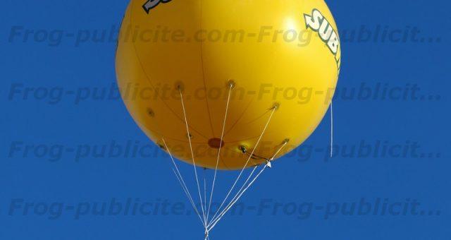 1 ballon publicitaire volant pour la réouverture du Subway de Civrieux d'Azergues