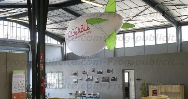 Un dirigeable helium de 6m pour l'ouverture de la Ressourcerie Le Dirigeable à Aubagne