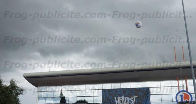 2 ballons publicitaires géant E.Leclerc & McDonald's à l'occasion du Hellfest 2016