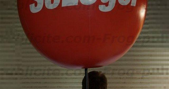 1 ballon sac à dos de 80cm «SeLoger» pour du Street Marketing