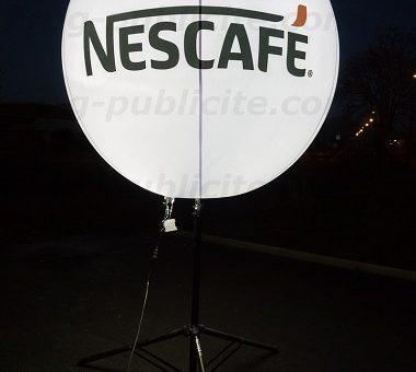 1 ballon promotionnel géant sur trépied Nescafé | Soirée «Yacht de Paris»