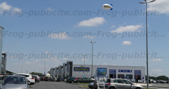 Dirigeable publicitaire Norauto 6m | Garage automobile