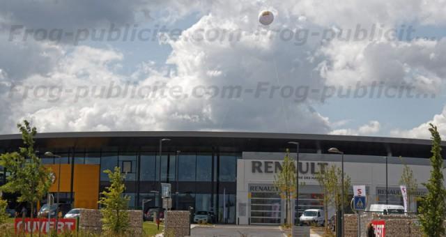 Ballon géant signalétique à l'hélium | Concession Renault, Nissan & Dacia