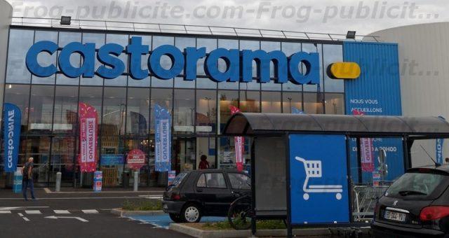 Un dirigeable publicitaire de 6m pour l'ouverture du Castorama Ormesson