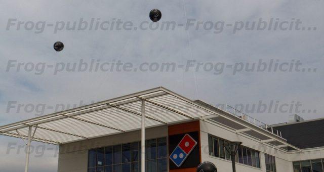 Ballon géant hélium – Ouverture restaurant Domino's pizza