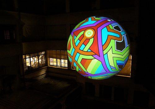 ballon geant gonflable air pour une exposition au lab 14 à Paris