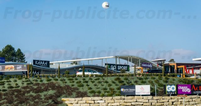 Gros ballon publicitaire pour promotion GoSport & Mc Donald's