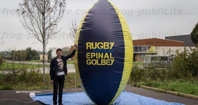 Objet publicitaire gonflable personnalisé | forme ballon de rugby