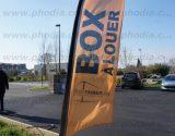 drapeau-signalétique-resotainer-683x1024.jpg